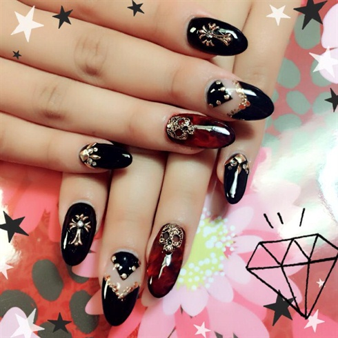 Gothic rock nail art gallery gothic rock publicscrutiny Choice Image
