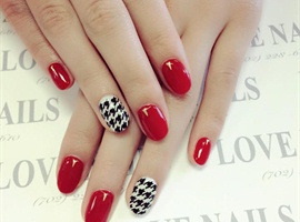 nail art: Paris