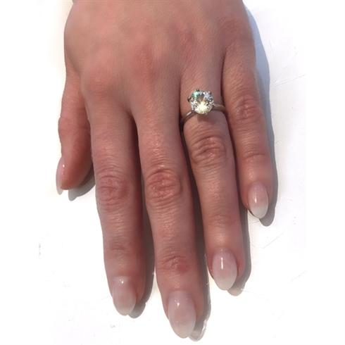 Engagement Nails