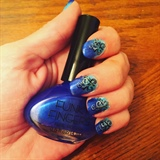 Blue Gradient Mani