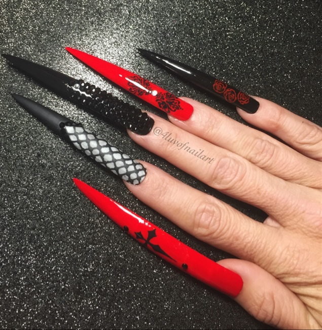 Gothic Nails 2 - Nail Art Gallery Gothic Nail Art Photos