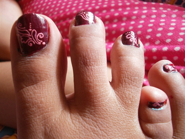 Design 4 Leg Nail Art Gallery
