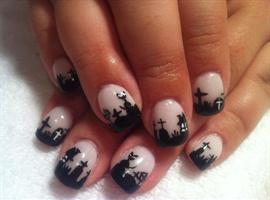 Halloween Nails Art • Halloween Design