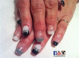 nail art: Black Gray N White Simple nails