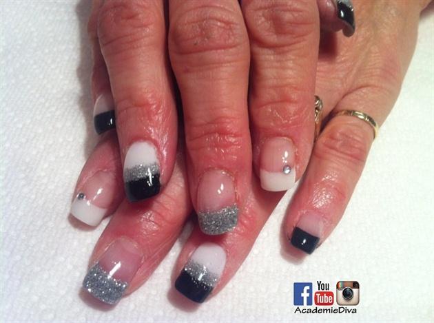 Black Gray N White Simple nails