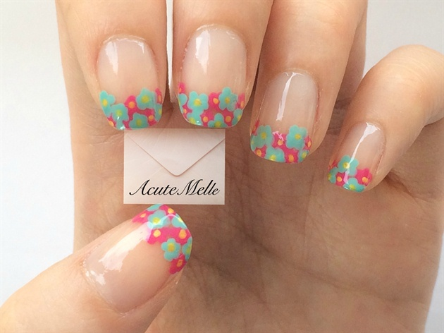 Flower French Tips