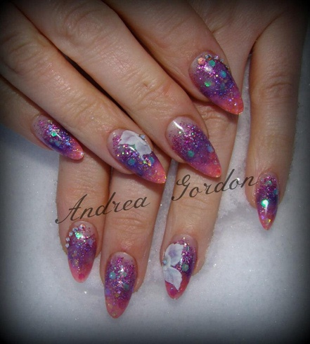 Glitter acrylic blend with 3d flowers