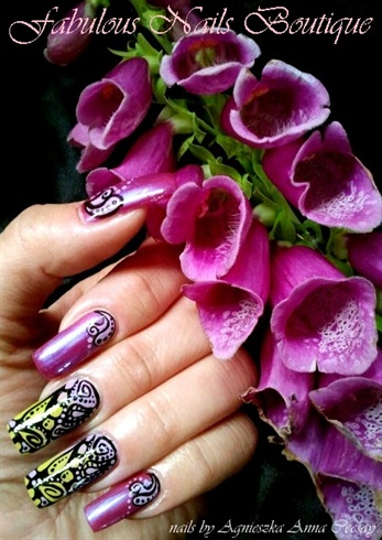 PURPLE WITH ORNAMENT