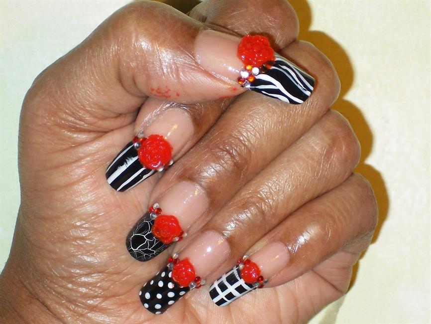 Long Natural Nails:) Black or White - Nail Art Gallery