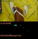 Glow in the Dark Toe Design FLUORESCENT