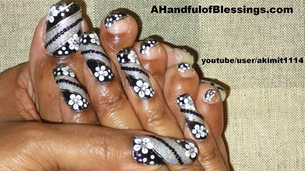 (Natural Nails):Blk Silver Nail & Toe 1
