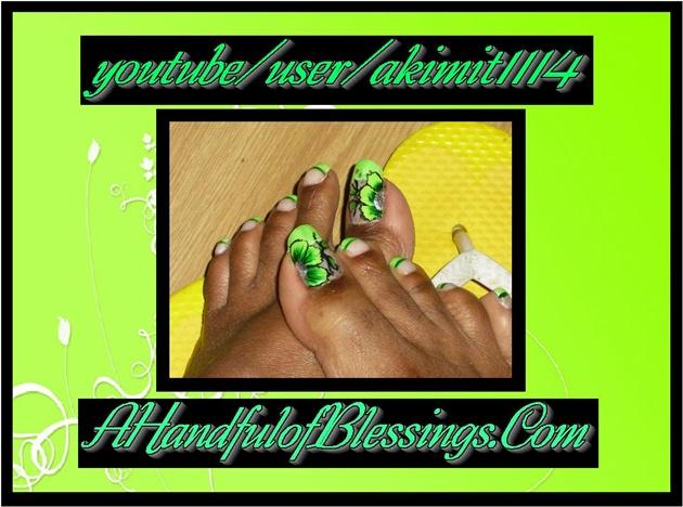 Natural Nail: Bright Green Floral Toes