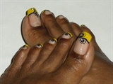 Yellow Black Toes