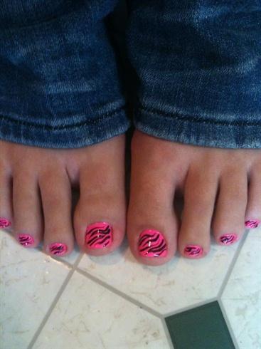 Hot Pink Zebra Toes Nail Art Gallery