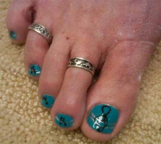 macs toes