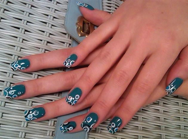 Danielle f's so bubbly nails
