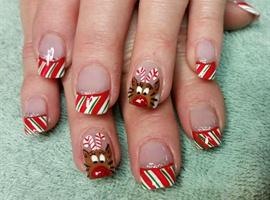 nail art: Candy Cane Reindeer