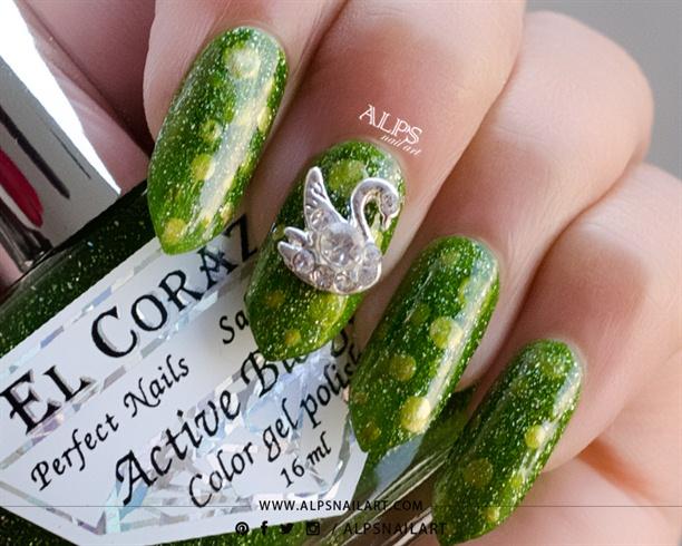 St. Patrick's Day nails @alpsnailart
