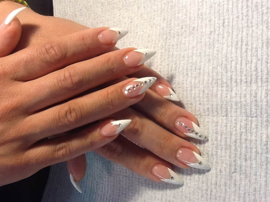 French stilettos with a bit of glitz - Nail Art Gallery