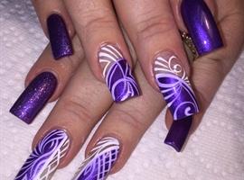 nail art: Electric Purple