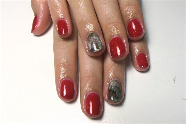 Gel polish with Camoflage Marble Accent