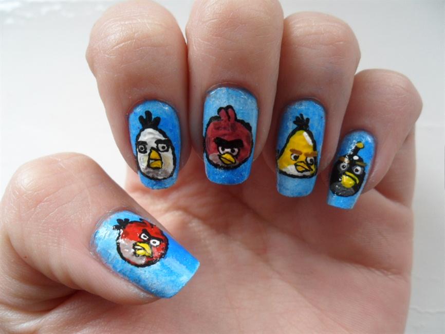Angry Bird nails - Nail Art Gallery