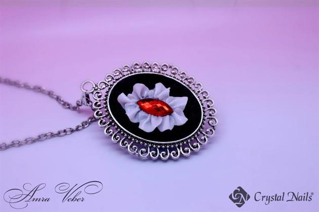 Niki necklace