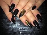 Black!! 🖤