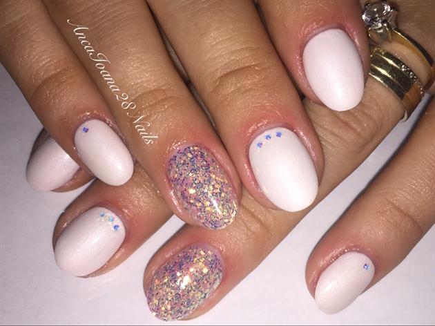 White Nail
