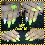 crezy nails