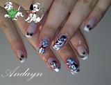 Дизайн ногтей далматинец