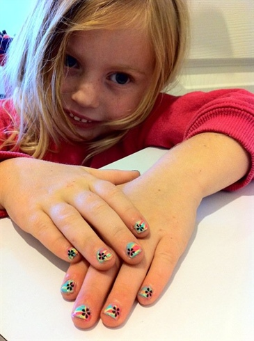 nail polish marbling with konad stamping