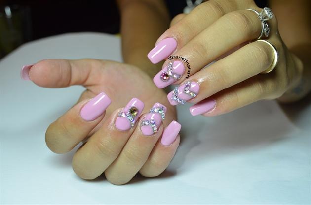 swarovski pink nails
