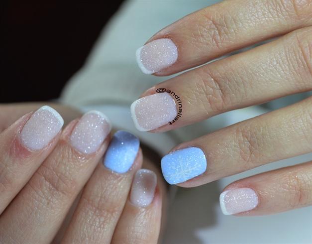 winter snowflake sparkle nails