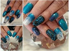 nail art: Insane blues