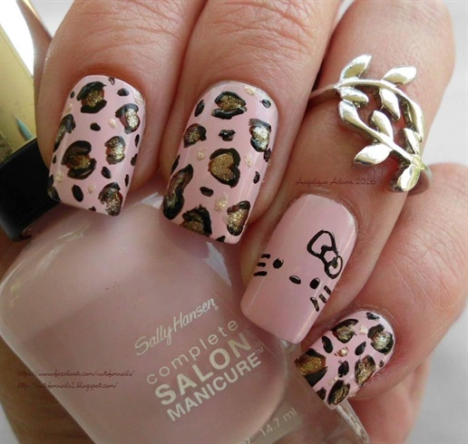 Hello Kitty Leopard