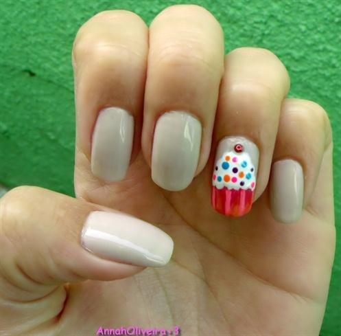 cupcake nail - nail art gallery