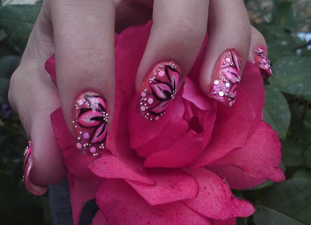 Pink Flower Nail Art By Aoana15