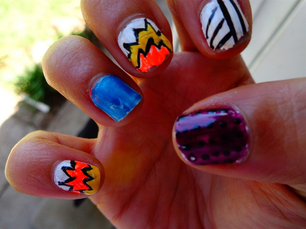 Boom Nails