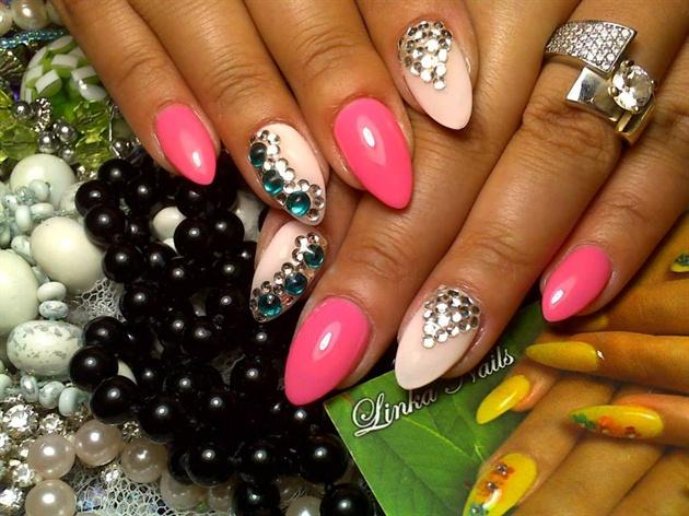 pink (linka nails)