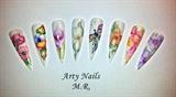 aquarelle Arty Nails