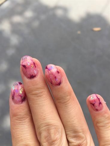 Pink Stones Gel Nail Art