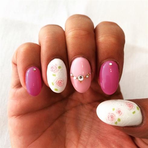 Romantic Nails White Pink Nail Art Gallery