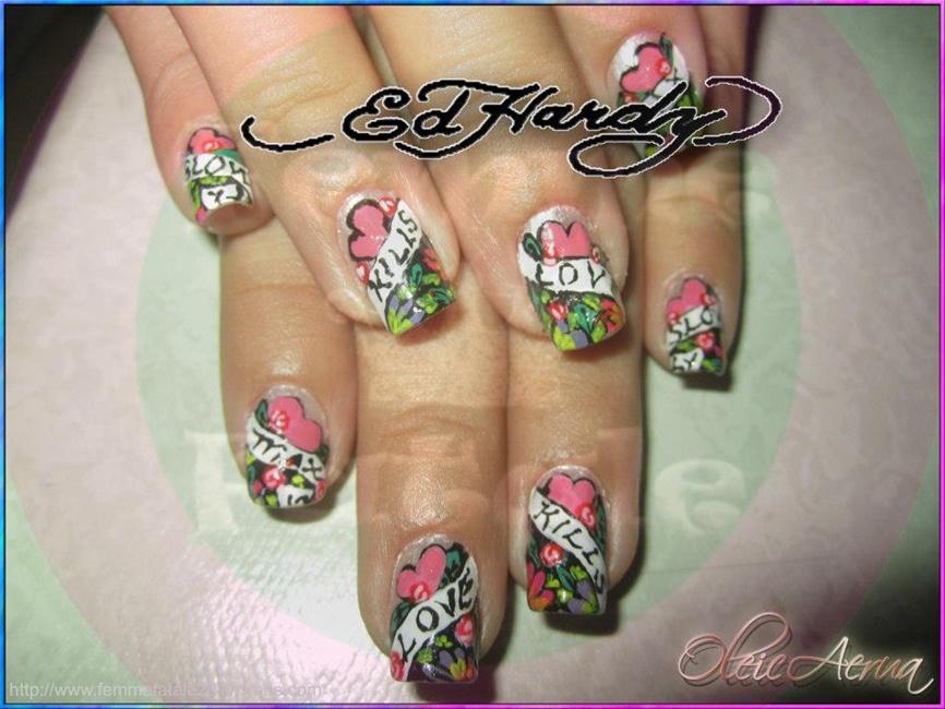 Ed HArdy - Nail Art Gallery