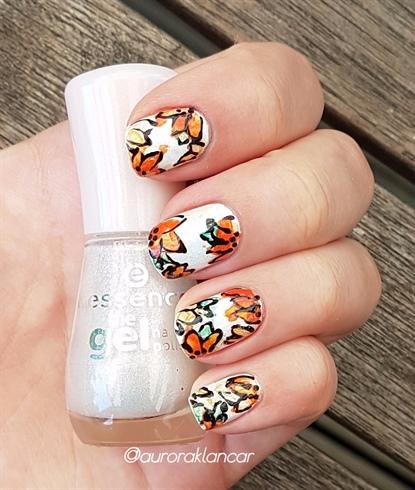 Watercolour flower nail design