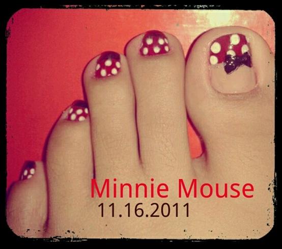 minnie mouse toenails
