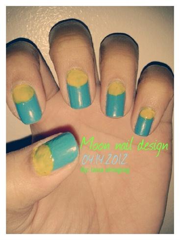 Moon nail design