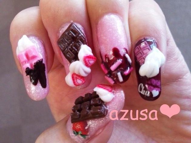 3D chocolates w/whipped cream❤