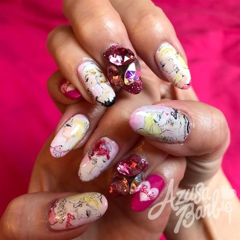Barbie Sketch Nails