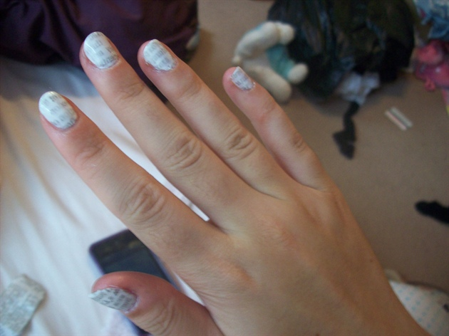 Newspaper nails 1st attempt, right hand.
